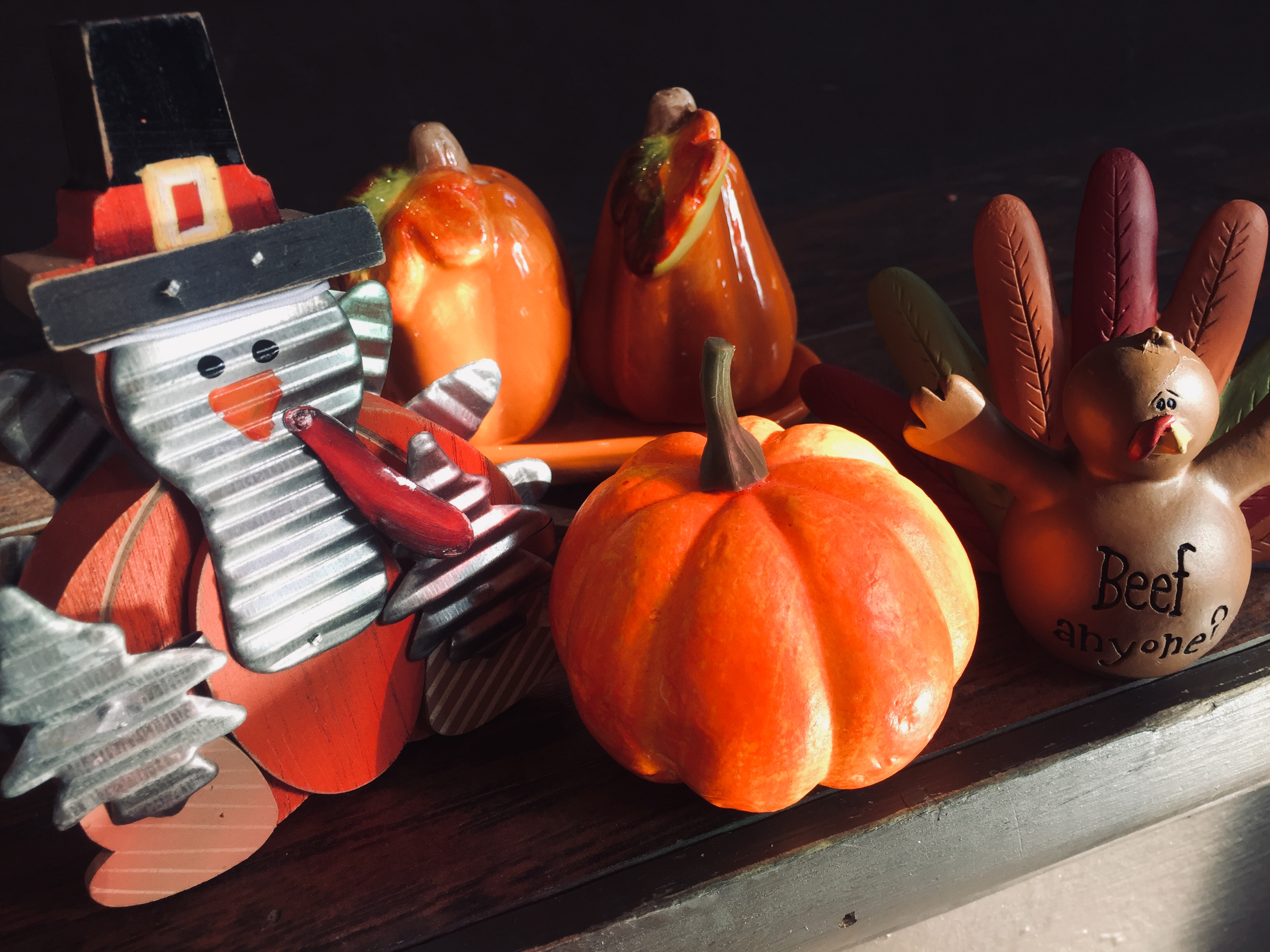 thanksgiving and halloween decor