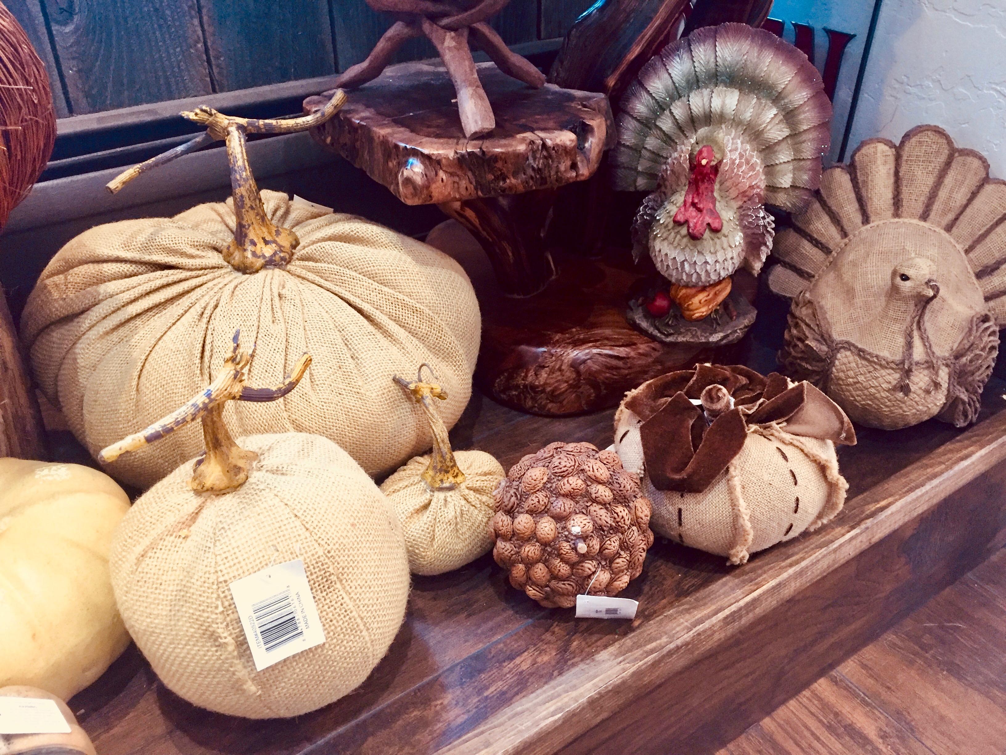 Thanksgiving Decor Pumpkins